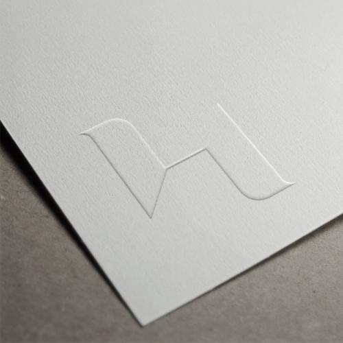 <p>Print Emboss Logo Brand</p>